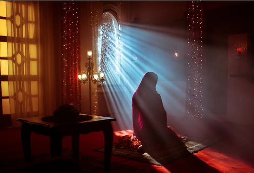 Silent No More: Gnostic and Orthodox Gospels Written by Women muslim woman praying